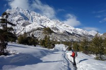 We encountered lots of snow starting from Chame up to the pass.
